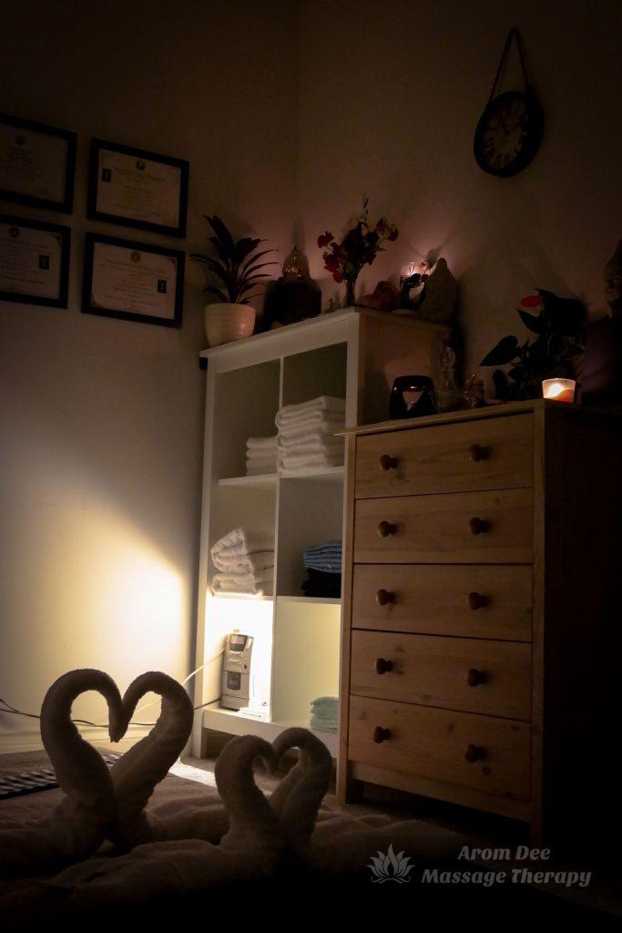 Ambient light Thai Massage room Mattress pad on floor
